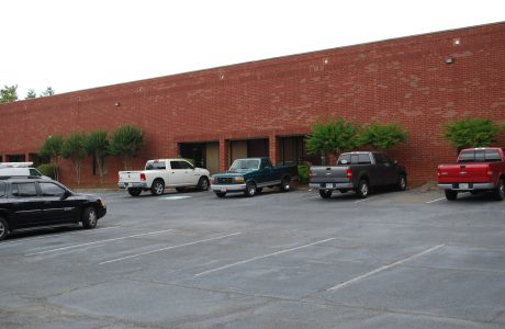 LEASE: Norcross Business Center